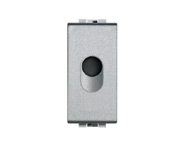 Falso polo con foro di uscita diametro 9,5mm – Tech – BTicino